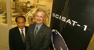 The unveiling of SCISAT took place at the Bristol Aerospace, now Magellan Aerospace, in Winnipeg on July 2, 2002, with Marc Garneau, then president of the Canadian Space Agency (right), and the Honourable Dr. Rey Pagtakhan, then Secretary of State for Science Research and Development