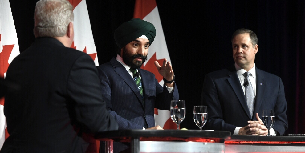 ISED Minister Bains and NASA Administrator Jim Bridenstine discuss the Canadian space sector