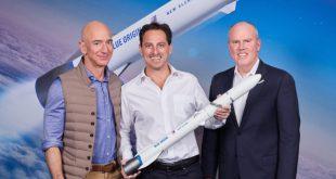 From left to right; Jeff Bezos, founder of Blue Origin, Dan Goldberg, CEO, Telesat, and Bob Smith, CEO, Blue Origin
