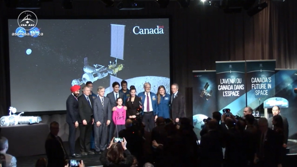 A group photo with the Prime Minister, former and current astronauts and Cabinet Ministers