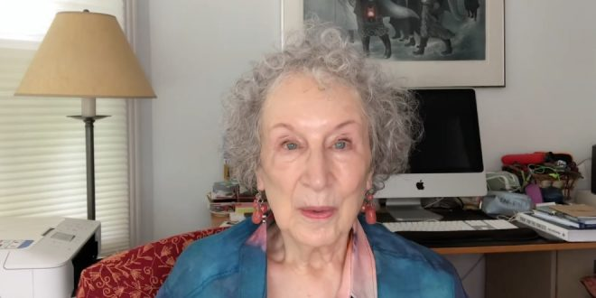 Margaret Atwood reads the Full Moon Mall at the Moon Festival