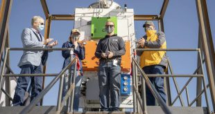 C6 Launch unveils Spaceport America launch test stand